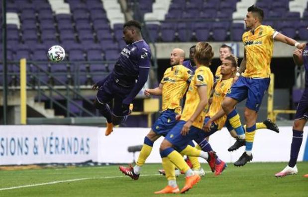 Jupiler Pro League - Premier succès de la saison pour Anderlecht contre Saint-Trond (3-1) avec un but de Dimata