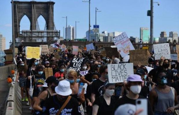Protesten racisme en politiegeweld - Duizenden Amerikanen op straat om afschaffing slavernij te herdenken
