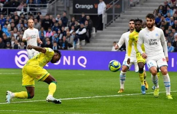 Les Belges à l'étranger - Limbombe, buteur, montre la voie à Nantes victorieux sur la pelouse de Marseille