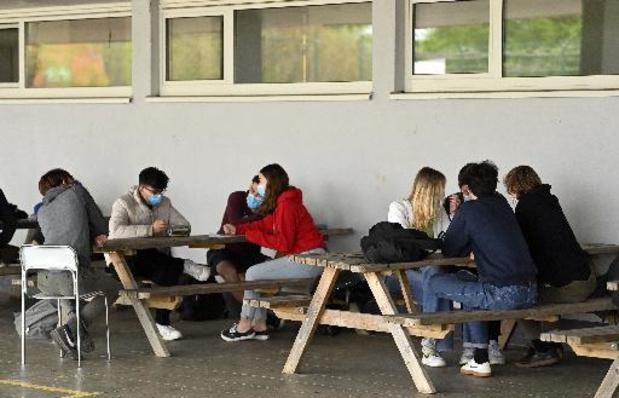 """""""Blij dat scholieren niet strenger behandeld worden"""""""