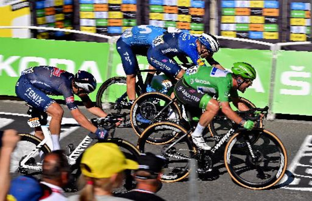 Mark Cavendish s'offre la 13e étape et égale le record d'Eddy Merckx