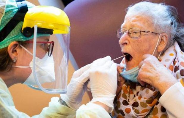 La Flandre reprendra les tests préventifs dans les maisons de repos dès mardi