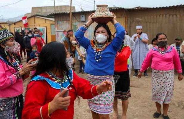 Peru stelt weer avondklok in na recordaantal besmettingen