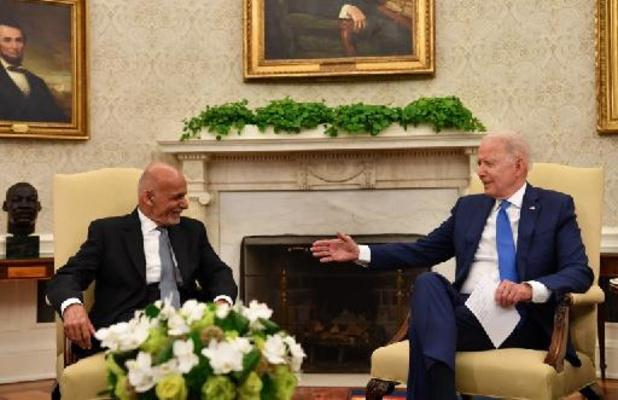 """Biden promet le """"soutien"""" américain à l'Afghanistan malgré le départ des troupes"""