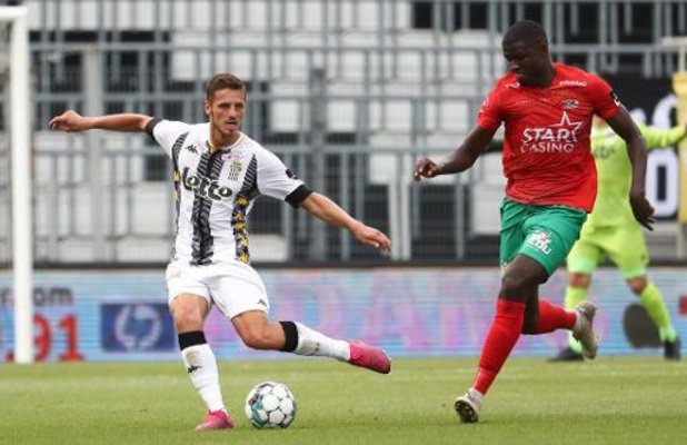 Jupiler Pro League - Steeven Willems prolonge de deux ans au Sporting de Charleroi