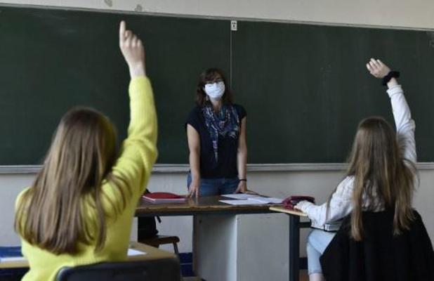 La FWB réfléchit à mettre des protections périodiques à disposition dans toutes les écoles