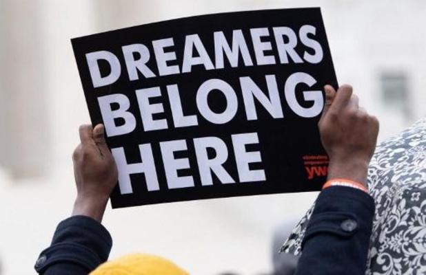 Hooggerechtshof bekrachtigt statuut van 800.000 jongen migranten in VS