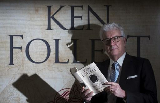 Ken Follett doneert zijn auteursrechten om Bretoense kathedraal te restaureren