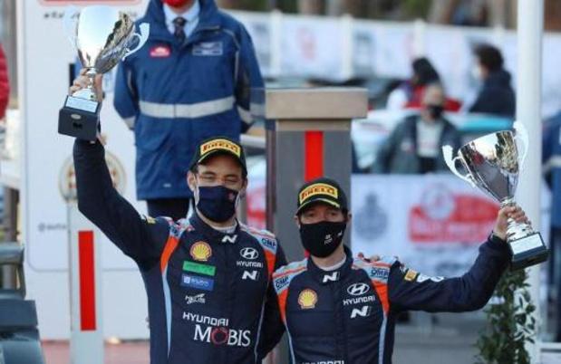 """Rally van Monte Carlo - Neuville is tevreden over nieuwe co-rijder: """"Martijn zal er ook volgende keer bij zijn"""""""