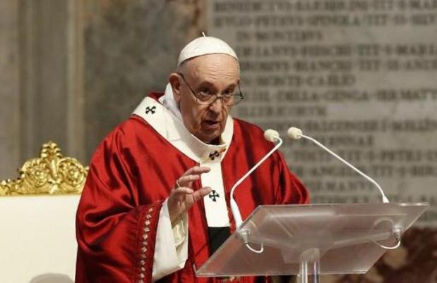 """Le pape juge """"intolérable"""" toute forme de racisme"""