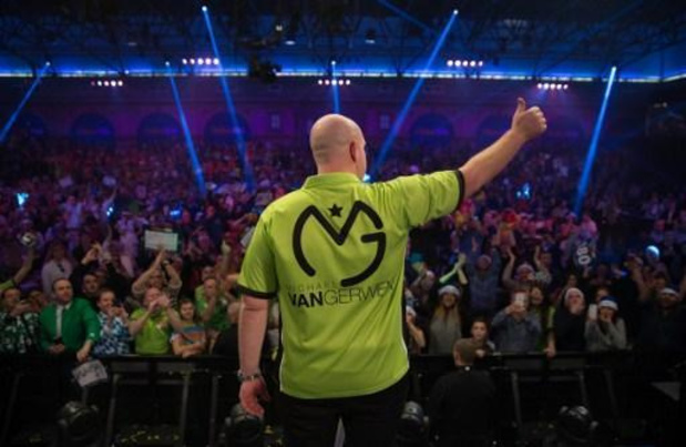 UK Open darts - Michael van Gerwen met nine-darter naar finale