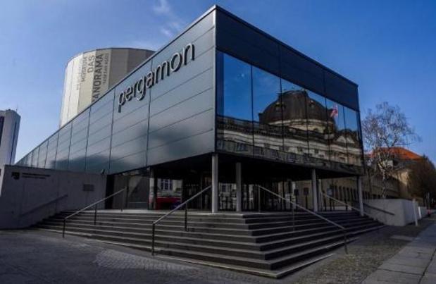 Allemagne: des dizaines d'objets d'art exposés sur l'île aux musées de Berlin endommagés