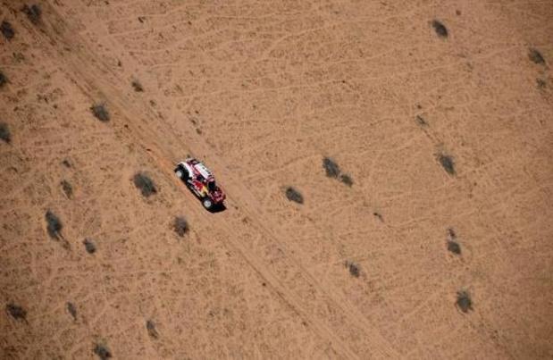 Carlos Sainz wint etappe en is steviger leider in Dakar 2020, Sunderland moet opgeven