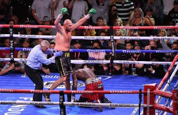 Fury behoudt WBC-wereldtitel en verslaat Wilder voor de tweede keer