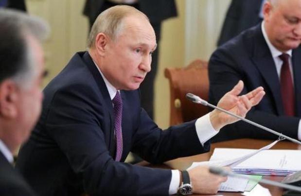 Vladimir Poutine inaugure la liaison ferroviaire avec la Crimée