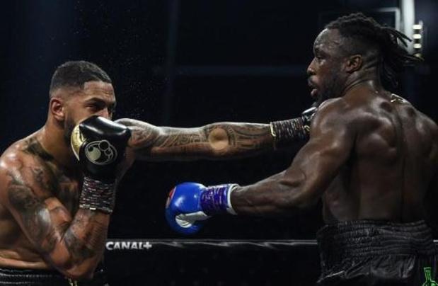 Joel Tambwe Djeko battu par Tony Yoka dans le combat pour le titre EBU des lourds