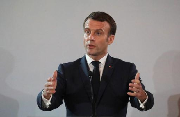 Algemene staking Frankrijk - Macron doet afstand van pensioen als president