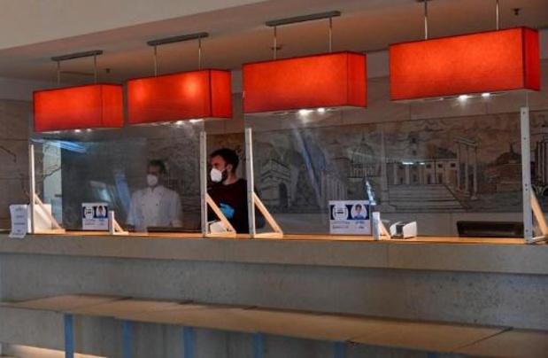 Woluwe-St-Lambert et Schaerbeek ouvrent jeudi chacune un centre de dépistage
