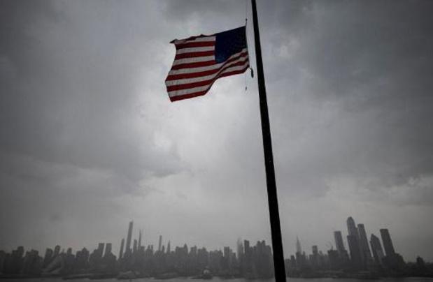 Coronavirus - Amerikaanse vlaggen drie dagen halfstok