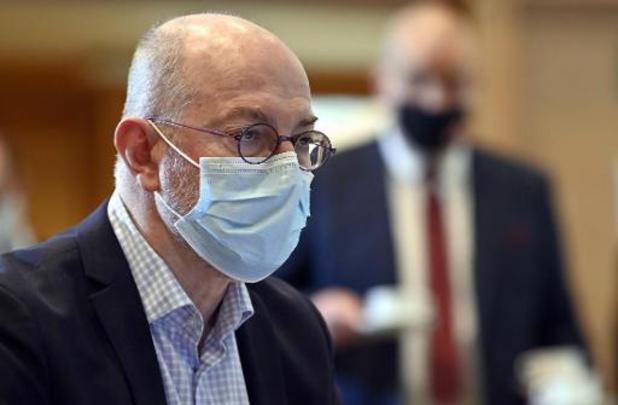 Grote Coronastudie vraagt of gevaccineerden sneller vrijheden terug mogen krijgen