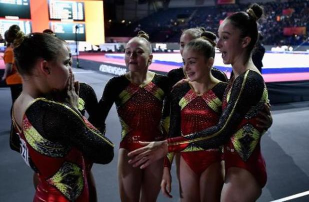 WK turnen - Belgische turnmeisjes halfweg vijfde in teamklassement