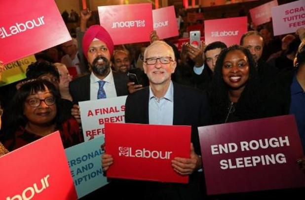 Parlementslid stapt op bij Labour en haalt zwaar uit naar Corbyn