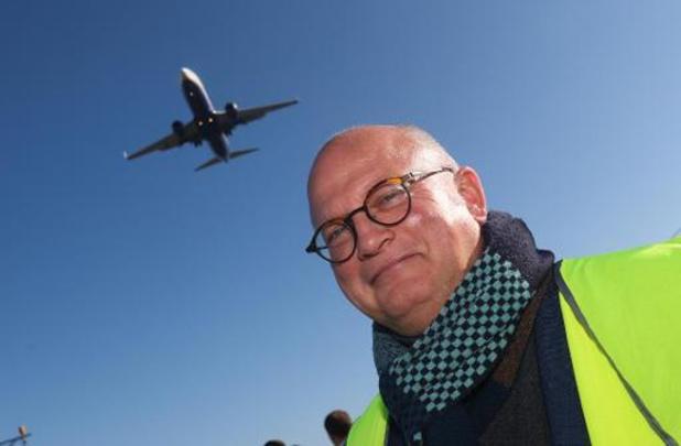 """Redevance sur les vols courts: """"une excellente nouvelle pour la planète"""""""