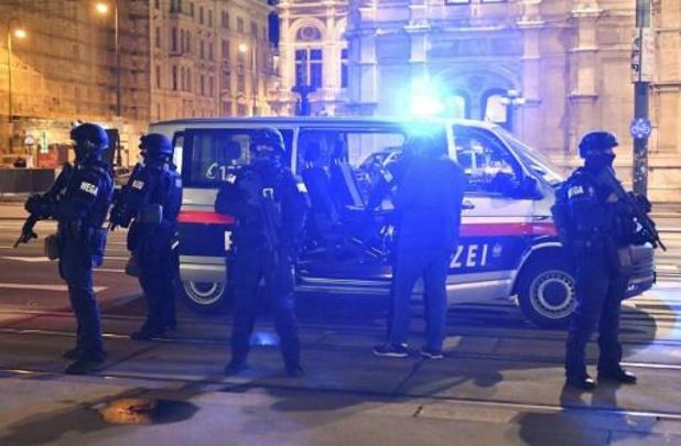 Attaques à Vienne - Pas d'obligation scolaire mardi pour les élèves viennois