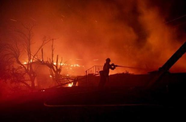 Nieuwe bosbranden in de buurt van Los Angeles