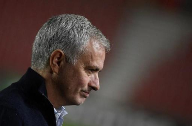 """""""Kregen ons verdiende loon"""", zegt Mourinho na verlies tegen Antwerp"""