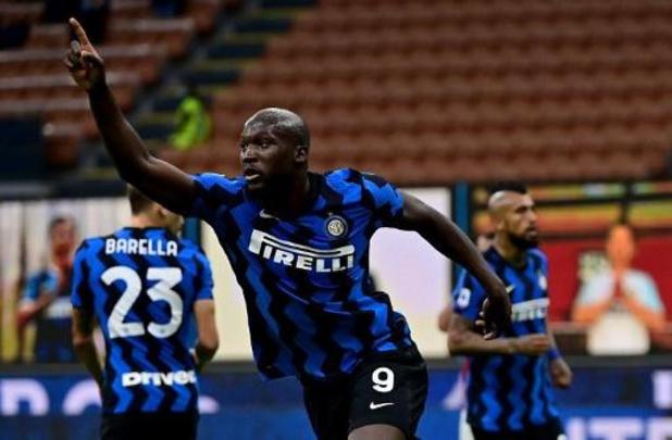 Belgen in het buitenland - Lukaku treft raak, maar verliest met Inter derby tegen AC Milan en Saelemaekers