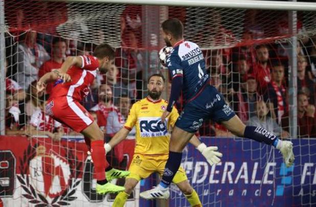Jupiler Pro League - Mouscron bat Courtrai 2-0 et se retrouve 3e au classement à égalité avec le Club Bruges