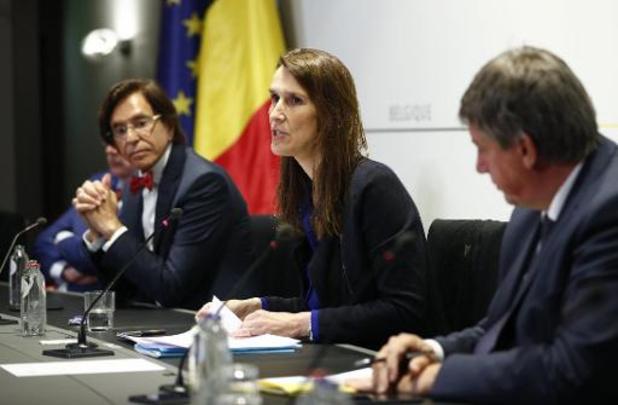 Nationale Veiligheidsraad maakt beperkt sociaal contact weer mogelijk vanaf zondag