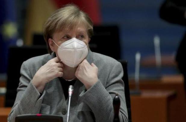 """Hausse des contaminations en Allemagne, confrontée à une """"troisième vague"""""""