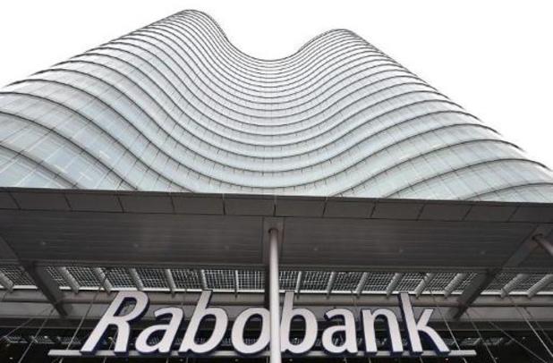 Rabobank gaat in Nederland vanaf 100.000 euro spaargeld negatieve rente aanrekenen