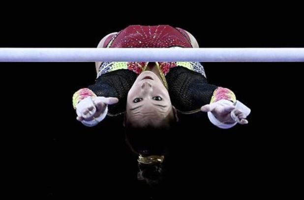 Mondiaux de gymnastique - Nina Derwael conserve son titre mondial aux barres asymétriques