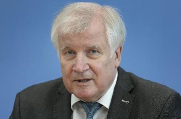 "Duitse minister van Binnenlandse Zaken Horst Seehofer: ""Heropbouw zal miljarden kosten"""