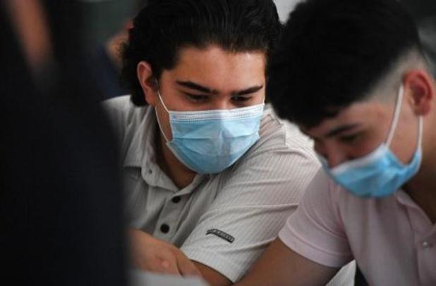 Grote Coronastudie peilt naar mening over mondmaskers op school