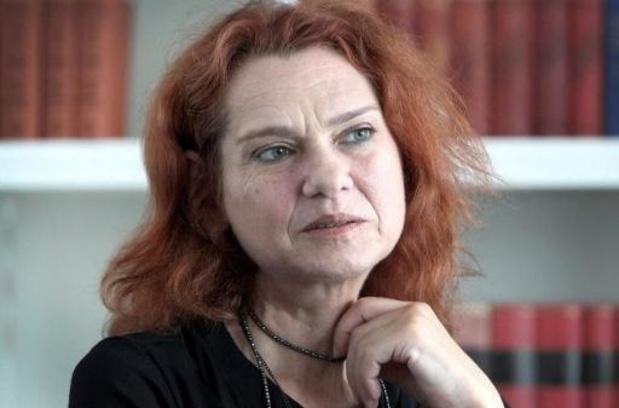 """La romancière turque Asli Erdogan acquittée dans un procès pour """"terrorisme"""""""