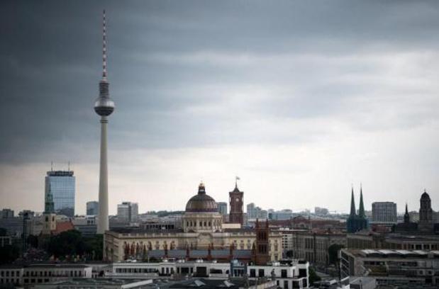 Huiszoeking bij politieke ministeries in Berlijn na mogelijke corruptie bij antiwitwascel