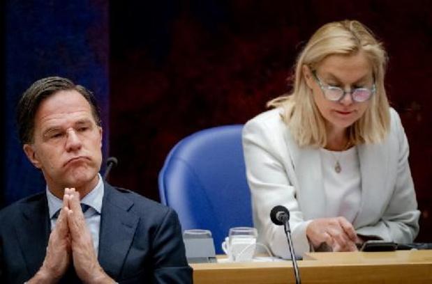 """Nederlandse premier """"niet trots"""" op inhoud van openbaar gemaakte notulen ministerraad"""