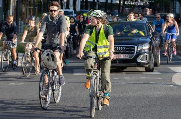 """La Flandre veut enclencher """"le grand braquet"""" pour accroître la part du vélo"""