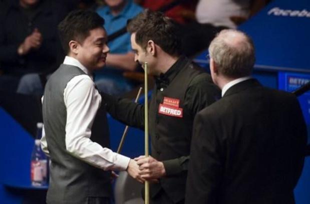 Ding Junhui schakelt titelverdediger Ronnie O'Sullivan uit op UK Championship snooker