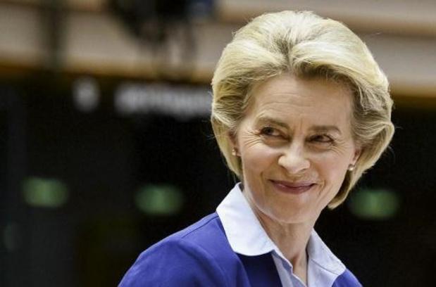 Von der Leyen wil export vaccins naar Verenigd Koninkrijk herbekijken