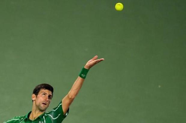 Novak Djokovic dompte Stefanos Tsitsipas et s'offre un cinquième sacre à Dubaï