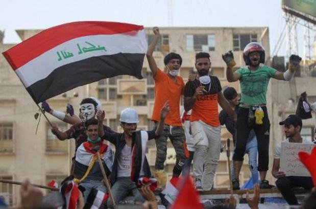 """Grèves à Bagdad et dans le sud de l'Irak pour réclamer """"la chute du régime"""""""