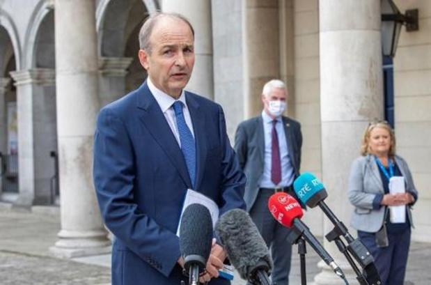 Groot diner tijdens coronacrisis blijft Ierse politieke gemoederen beroeren