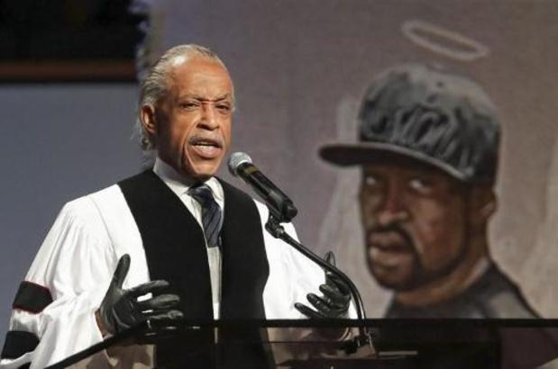 Protesten racisme en politiegeweld - Dominee en burgeractivist Sharpton roept op tot gerechtigheid op begrafenis Floyd
