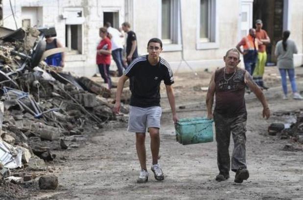 Wallonië: nog 400 gezinnen zonder drinkbaar water, 12.000 mensen moeten op zoek naar ander onderkomen