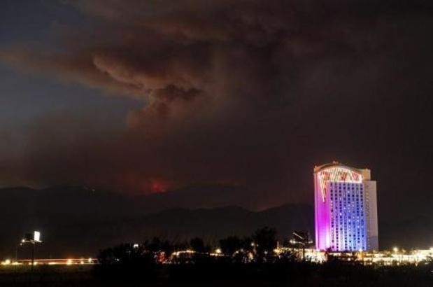Brandweer worstelt met grote natuurbrand Californië